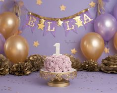 purple and gold cake smash | first birthday pictures | nyc child photography | fay simcha photography | gold stars |brooklyn photographer