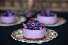 Fresh Blueberry cheesecake. So cute :3