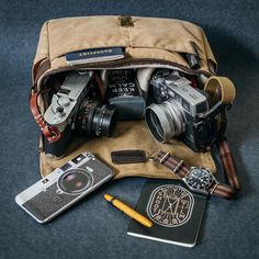 The Bowery bag gives you the freedom to take your camera anywhere.