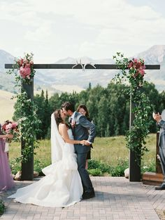 A Modern Mountain Wedding at Ten Peaks in Crested Butte, Colorado