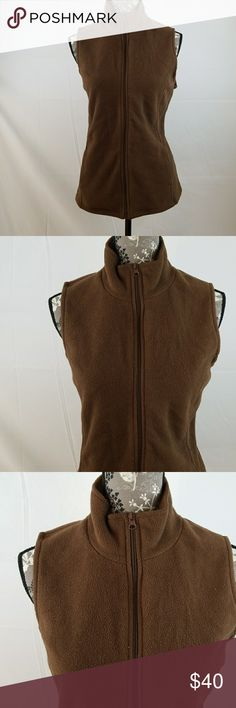 ONE STEP UP FLEECE VEST One Step Up fleece vest. Full zip closure, side seam pockets. ONE STEP UP Jackets & Coats Vests