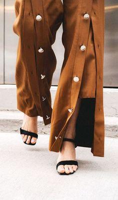 Incredible Useful Ideas: Mens Urban Wear Beards urban fashion streetwear black white.Urban Fashion Trends Ready To Wear urban fashion trends spaces. Fashion Pants, Look Fashion, Urban Fashion, Fashion Details, Fashion Outfits, Fashion Tips, Fashion Design, Fashion Trends, Swag Fashion