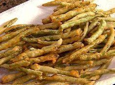 Food Network invites you to try this Fried Green Beans recipe from Patrick and Gina Neely. fresh but naughty :) yum! Side Dish Recipes, Veggie Recipes, Cooking Recipes, Cooking Hacks, Cooking Tools, Side Dishes, Dinner Recipes, Deep Fried Green Beans, Pf Changs Fried Green Beans Recipe