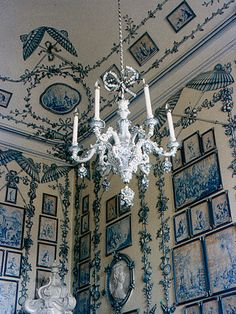 One of many rooms in Schönbrunn castle, Vienna Austria