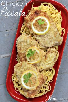 Have you ever tasted the buttery & lemony goodness that is Chicken Piccata? You need to check out this EASY recipe! #DIY #chicken #easydinner