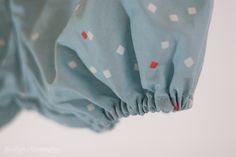 bloomer handmade. Tissu un chat sur un fil. Bloomer bleu.