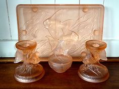 Art Deco green pressed glass dressing table set - strong glow under uv