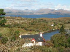 Ireland: Vogelperspektive von Haus und Collorus