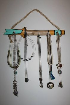 Larger jewelry hanger