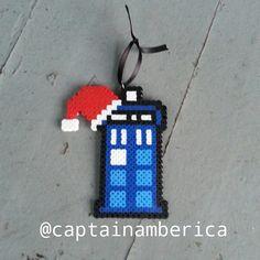 Christmas Tardis - Doctor Who perler beads by captainamberica