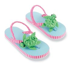 Get ready for the beach! If these adorable little sea-themed baby flip flops are not cute or what.