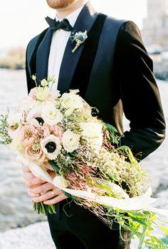 Cascading bridal bouquet   Alexis June Weddings
