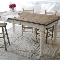want to repaint my ugly dining table like this - and maybe change out the top to look planked with breadboard ends *consult with the hunny!*