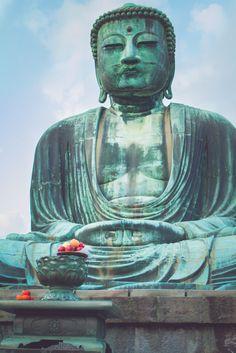 Grand Buddha de Kamakura, daytrip idéal depuis Tokyo. Découvrez aussi les plages, temples et forêts de la zone !