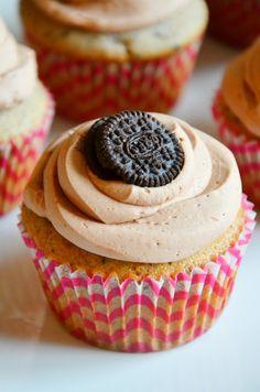 Oreo Bailey's Cupcake // cocohauslife.com