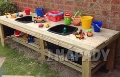 42 Modern And Easy Backyard Playground Ideas For Kids - Modern Kids Outdoor Play, Outdoor Play Spaces, Outdoor Learning, Backyard For Kids, Patio Chico, Kids Yard, Mud Kitchen, Backyard Playground, Playground Ideas