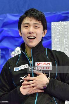 Yuzuru Hanyu of Japan smiles during the day two of the NHK Trophy ISU Grand Prix of Figure Skating 2015 at the Big Hat on November 28, 2015 in Nagano, Japan.