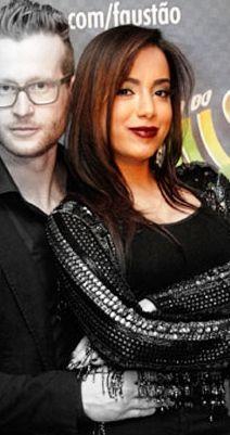 Descubra qual o batom q a Anitta usou domingo no Faustao, e confira os primos baratinhos dele   http://www.makeci.com.br/2014/07/batom-da-anitta-no-domingao-do-faustao/