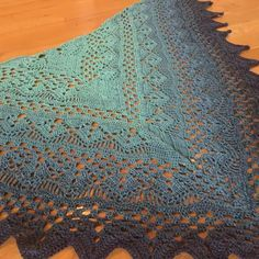 Thank you. I used Unikat, I guess you can compare it with Wolltraum.  Pattern in ravelry bookmark