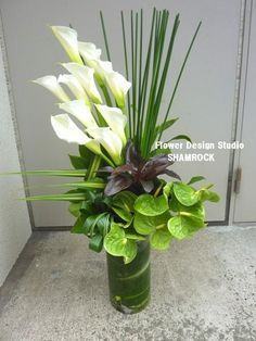 simple flower arrangements with lilies - Google Search
