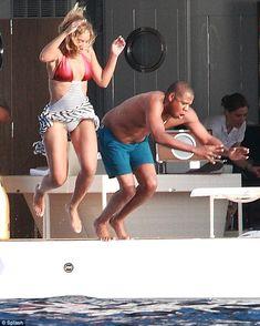 Beyonce & Jay Z in Stromboli, Italy