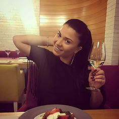 casual saturday  #saturdaynight #wine #girls #gossip