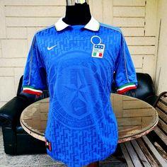 ITALY 1996 EURO QUALIFYING AZZURRI MAGLIA HOME NIKE SHIRT CAMISETA L Nike Shirt, T Shirt, Vintage Jerseys, Euro, Soccer, Italy, Collection, Tops, Fashion