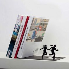 Runaway Bookend by Artori Design | Faith is Torment | Art and Design Blog