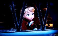 What scene is this from? I don't recall it being in frozen at all