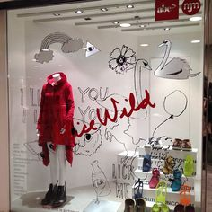 MJM ALICE WILD WINDOW DISPLAY Photo by abc_abigcompany