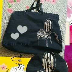 RARE VS BAG Very black bag by VS 2 handles 1 small pocket inside in excellent condition  MEASUREMENT  19 1/2 WIDE 16 DEEP Victoria's Secret Bags