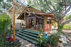 Bali Style Tiny Cottage in Hawaii