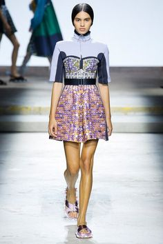 See the complete Mary Katrantzou Spring 2018 Ready-to-Wear collection.