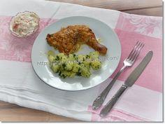 Gizi-receptjei. Várok mindenkit.: Hétvégi receptajánló!!! Tejben-vajban sütött csirkecombok. Chicken, Meat, Food, Essen, Yemek, Buffalo Chicken, Cubs, Meals, Rooster