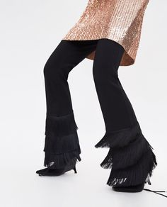 Image 7 of TROUSERS WITH FRINGED HEMS from Zara