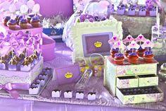 Decoração de festa infantil princesa Sofia doces decorados