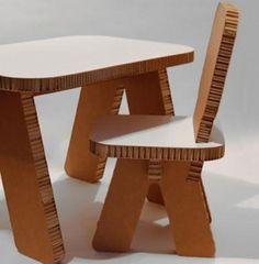 Duurzaam kindertafeltje en stoeltje - studio crisp