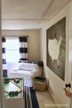 Migonis Home: DIY Giant Wood Wall Map