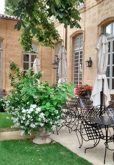 Aix-en-Provence, Le Centre d'Art (Hôtel de Caumont)