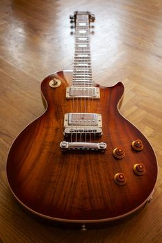 Les Paul in koa