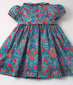 """Artículos similares a Liberty """"Palmeira Bloom"""" Front Frill Dress en Etsy Frocks For Girls, Little Girl Dresses, Girls Dresses, Baby Girl Dress Patterns, Baby Dress, Stitching Dresses, Stitching Patterns, Smocked Baby Clothes, Sewing Kids Clothes"""