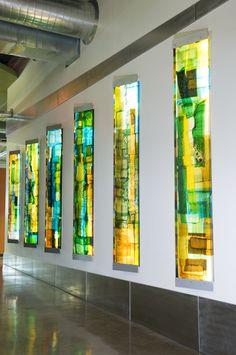 Artist, Walter Gordinier using Uroboros Glass