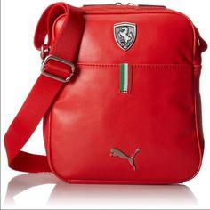Puma Ferrari Long Sleeve Portable Bag The Ferrari LS Portable features a two-way…