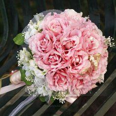 - $19.99 - Houkutteleva Pyöreä Satiini Morsiamen kukkakimppuihin (124032068) http://jjshouse.com/fi/Houkutteleva-Pyorea-Satiini-Morsiamen-Kukkakimppuihin-124032068-g32068