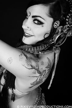 The Indigo Belly Dance ~ Zoe Jakes. Photo by Pixie Vision Productions.
