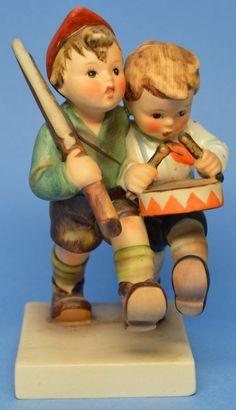 """MI Hummel Goebel Figurine """"Volunteers"""" Hum 50/2/0 TMK 3 (1958-1972)"""