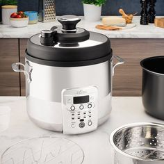 All-Clad's Electric Pressure Cooker with Precision Steam Control combines steam, heat and pressure to drastically cut cooking times while retaining valuable nutrients and flavour. Best Electric Pressure Cooker, Electric Cooker, Using A Pressure Cooker, Pressure Cooking, Cooking Bowl, Cooking Time, Gas Stove Top, Ceramic Coating, Food Preparation