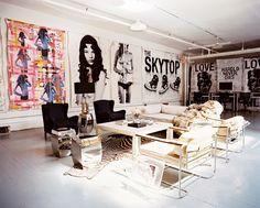 Home Tour: A Pro Skateboarder's Artistic New York Loft Decoration Inspiration, Decoration Design, Interior Inspiration, Decor Ideas, Interior Ideas, Art Ideas, Design Inspiration, New York Loft, Casa Rock