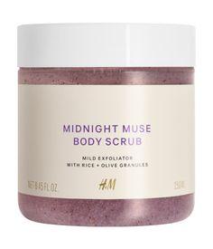 Midnight Muse. 250 ml (100 ml = 2,00 €). Sanftes Peeling, das die Haut geschmeidig macht und einen leichten Duft nach Vanille und Amber auf der Haut hinterl