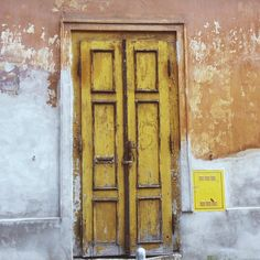 glinskova @glinskova Rumena vrata#old...Instagram photo   Websta (Webstagram)
